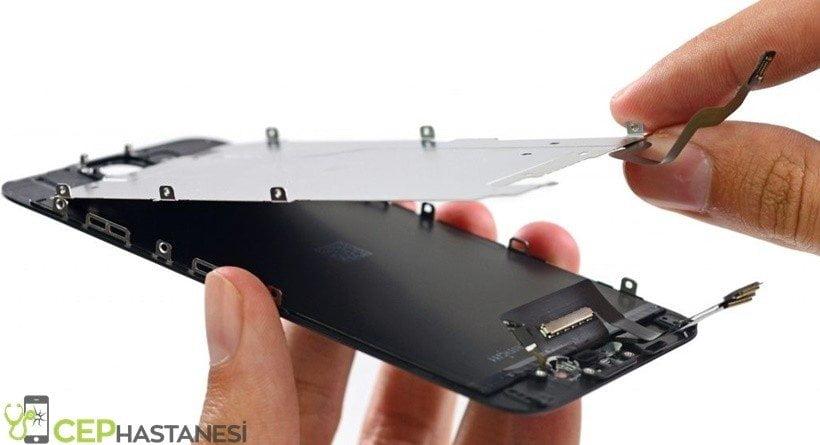 iPhone Garanti Kapsamında Ekran Değişimi