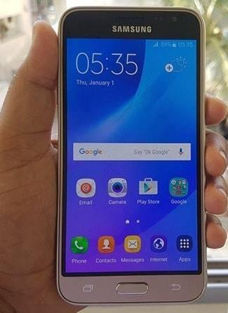 Samsung Galaxy J3 Ekran Cam Değişimi