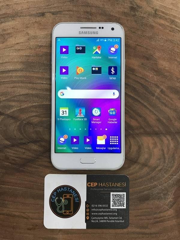 Samsung E5 Ekran Cam Değişimi