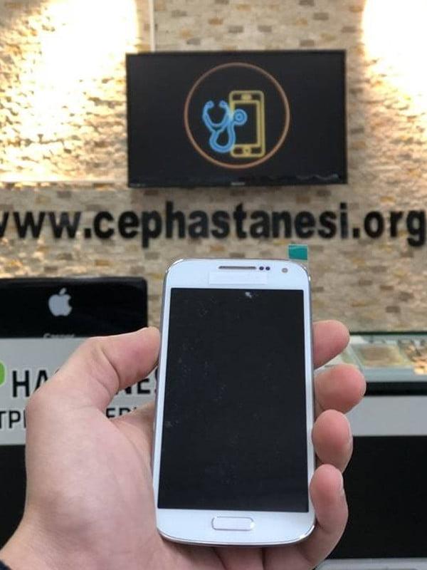 Samsung S4 Mini Ekran Cam Değişimi