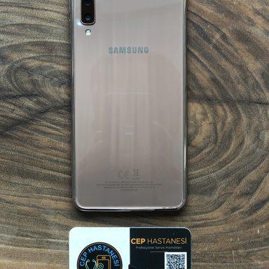 Samsung Galaxy A7 Arka Cam Değişimi