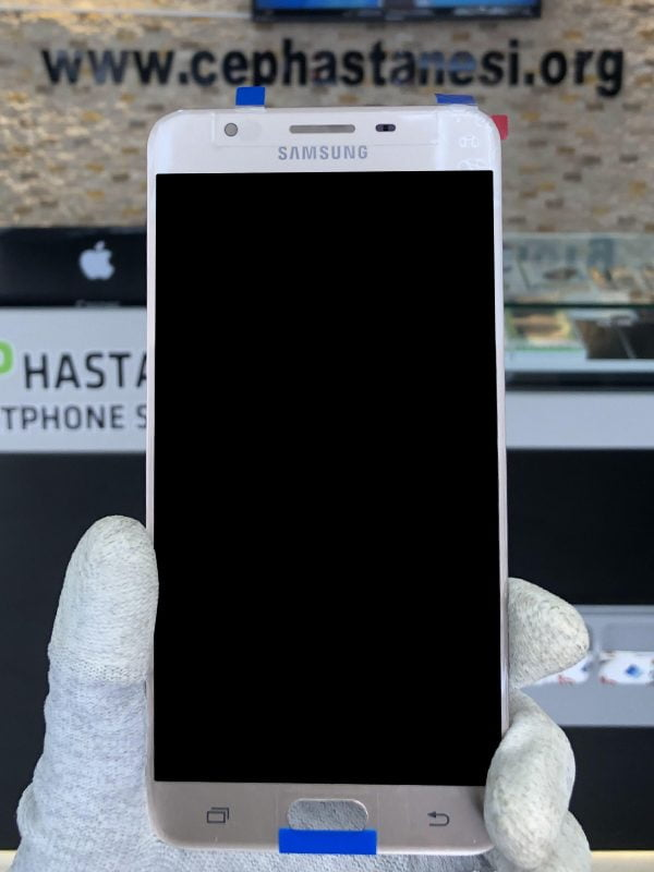Samsung Galaxy J7 Prime Ekran Cam Değişimi