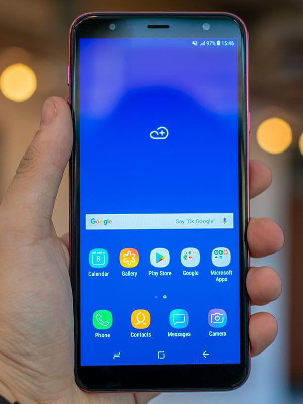 Samsung J4 Core Ekran