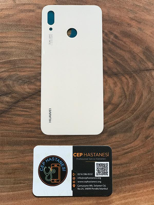 Huawei P20 Lite Arka Kapak Değişimi beyaz