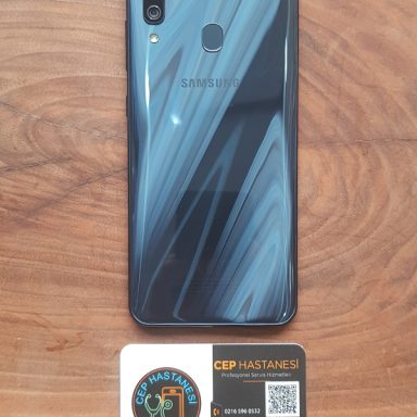 Samsung Galaxy A40 Arka Cam Değişimi
