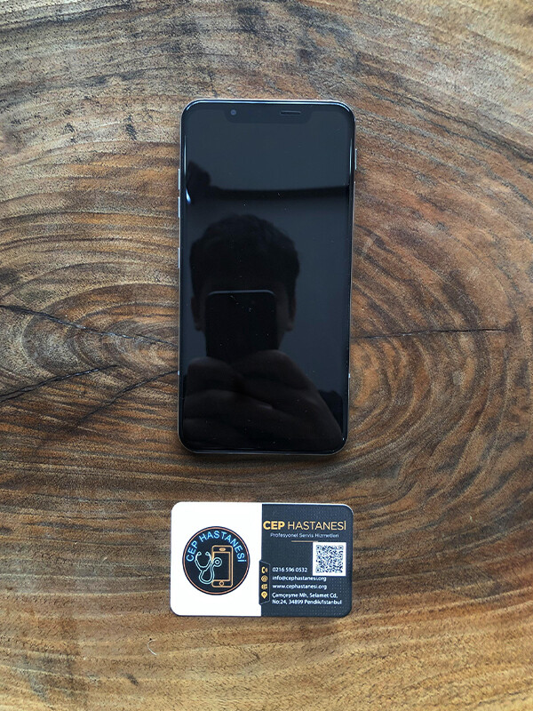 LG G8s ThinQ Ekran Değişimi