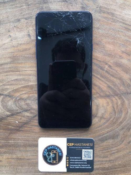 Samsung A20s Ekran Değişimi