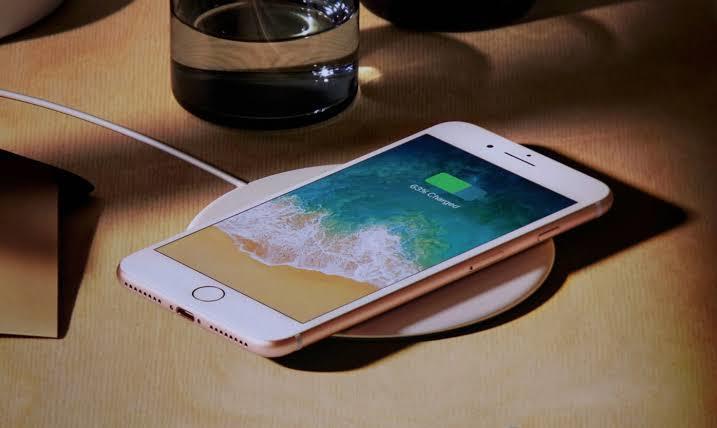 iPhone Kablosuz Şarj Hangi Modellerde Var