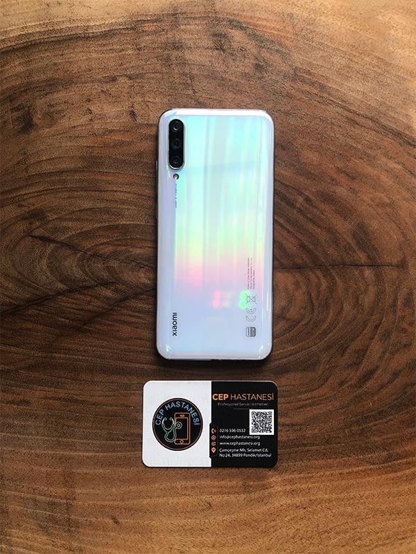 Xiaomi Mi A3 Arka Cam Kapak Değişimi