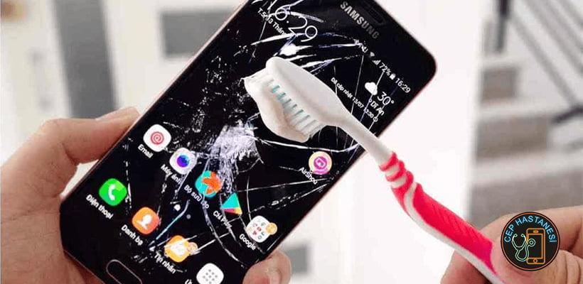 Sıvı Almış Sıvı Temaslı Telefon