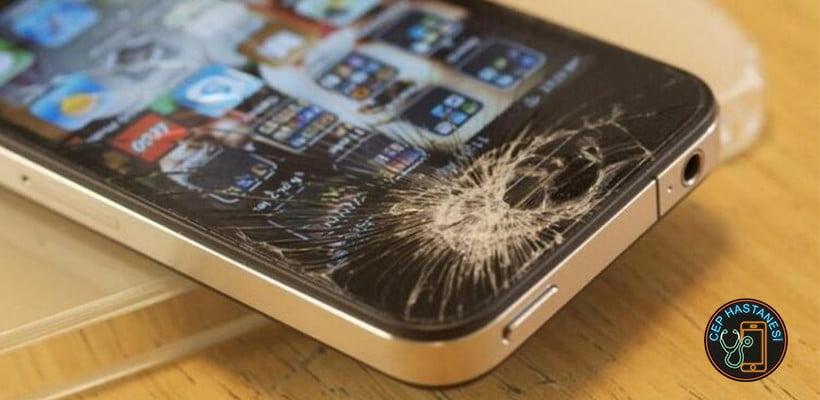 Telefon Cam Çatlağı Nasıl Olur