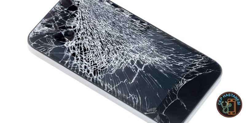 Telefon Cam Çatlağı Nedir