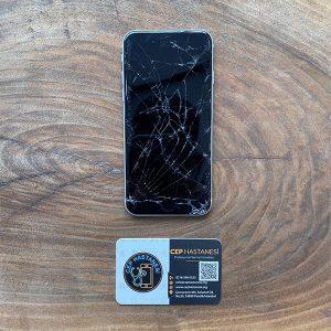 iphone-se-2-ekran-degisimi
