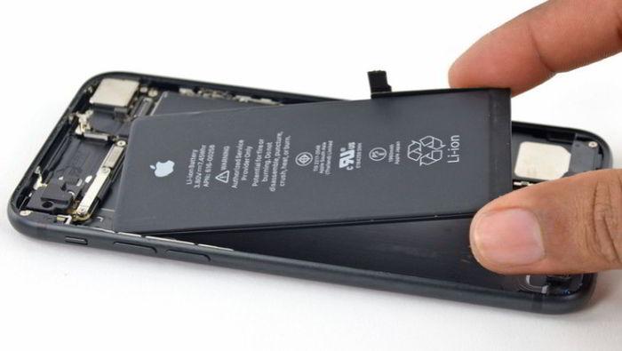 iPhone Pil Değişimi Örnek