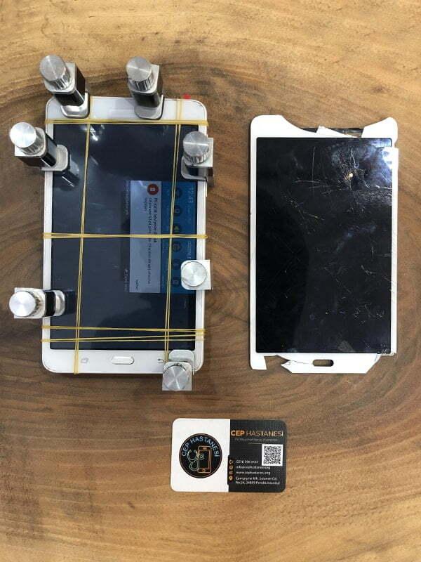 Samsung Tab A Ekran Değişimi