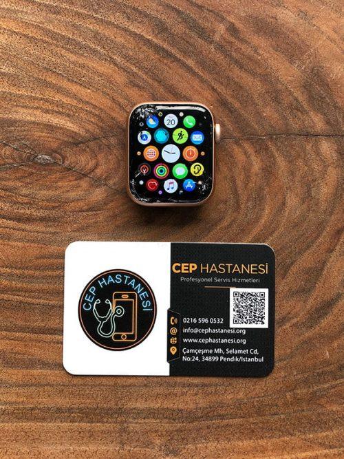 Apple Watch 5.Nesil 40mm Cam Değişimi