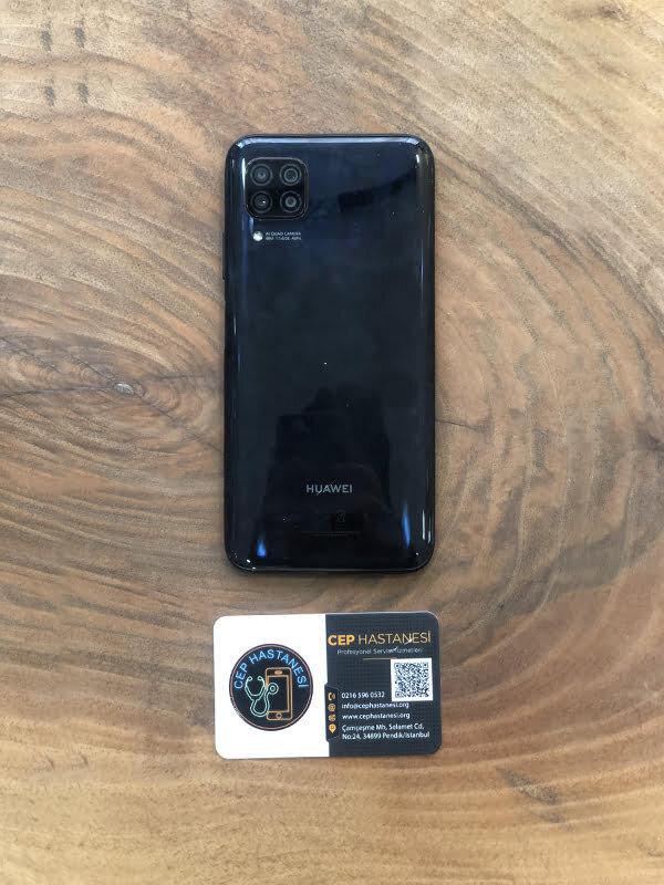 Huawei P40 Lite Arka Cam Kapak Değişimi