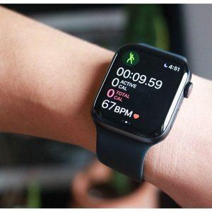 apple-watch-se-seri-40mm-cam-degisimi