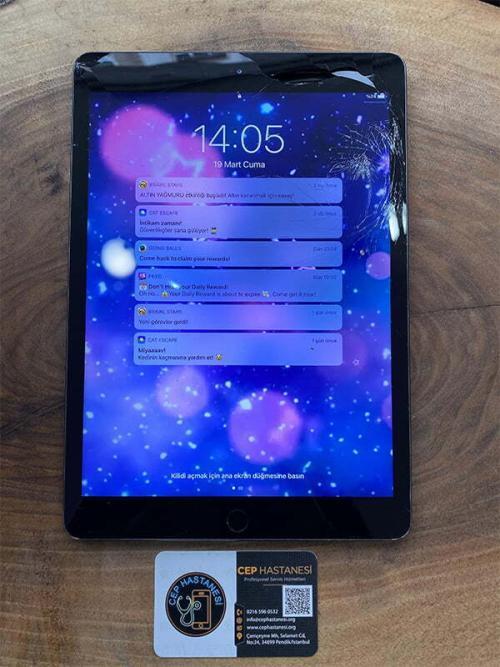 iPad 8.Nesil Ekran Cam